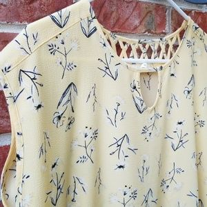 Maurices yellow floral cap sleeve blouse